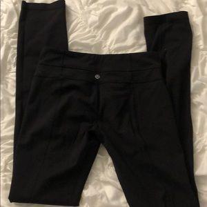 Black lululemon size 6 leggings